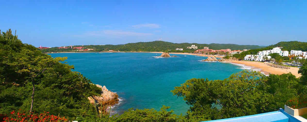 La Bahía Tangolunda es en su mayoría de propiedad privada